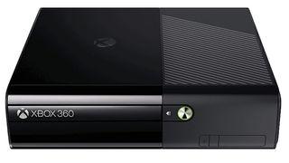 Xbox 360 E + GTA V + Charging Base + 2 Controllers