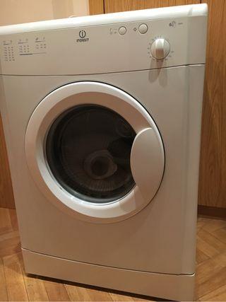 Secadora Indesit 6kg