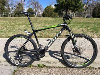 Bicicleta Scott Scale 720 XL 27.5 Carbono