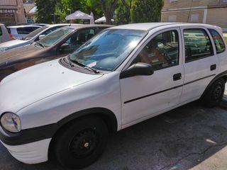 coche carro Opel Corsa