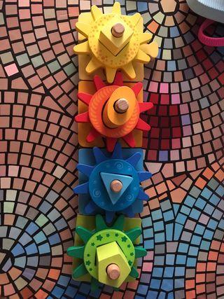 Puzzle engranajes infantil
