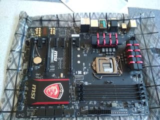 placa base msi Z97 gaming 5. Averiada