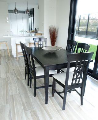 Mesa de comedor mas seis sillas