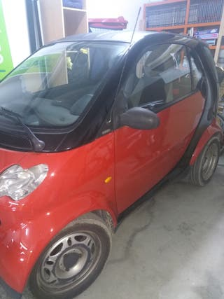 smart micro compact car 2002