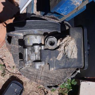 BMW Serie 5 1998 bomba de direccion
