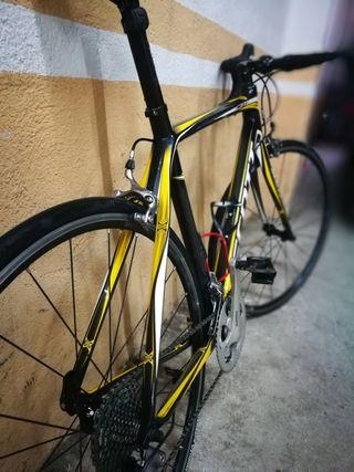 bici carretera Scott CR1
