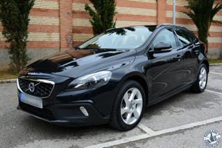 Volvo V40 Cross Country D3 Momentum 150 cv