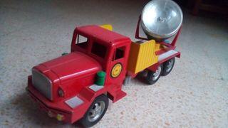 Antiguo camión juguete