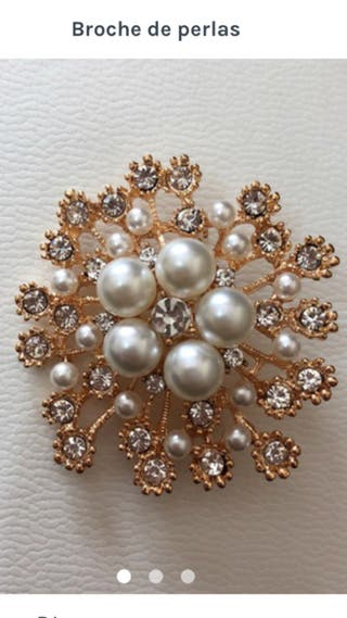 Broche dorado perlas