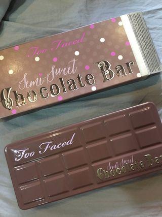 Paleta chocolate bar too faced