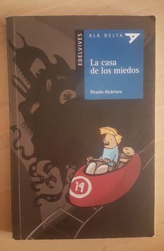 """Libro """"La casa de los miedos"""""""