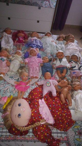 muñecas de todas clases muy nueva
