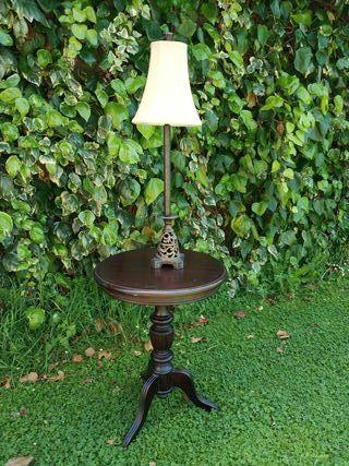 Mesa + lámpara