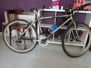 bicicleta Racing scott