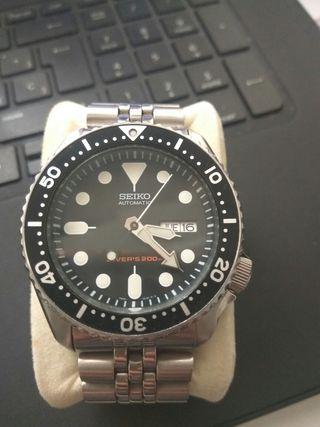 Reloj Seiko SKX007K2