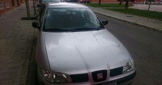 SEAT Ibiza 2000 precio negociable