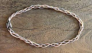 3 colliers /bracelet de fines perles d'imitation