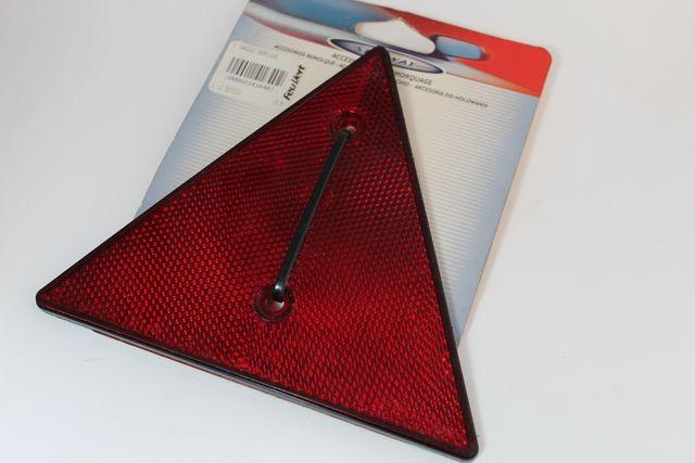 Triángulo de remolque