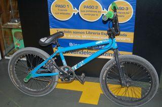 Bicicleta BTWIN 360º ROTOR SYSTEM BMX wipe 360