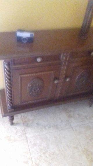 Mueble antiguo