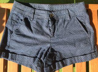A ESTRENAR pantalón Benetton