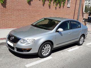 Volkswagen Passat 2010 + Seguro a todo riesgo