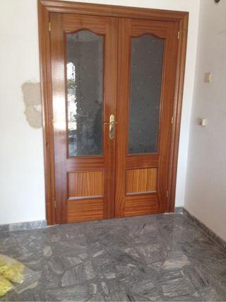 Puerta de salon