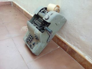 Maquina registradora, calculadora antigua