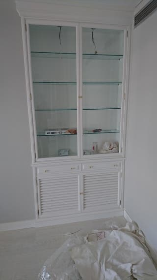 Carpintero, muebles de cocina, tarimas, puertas,