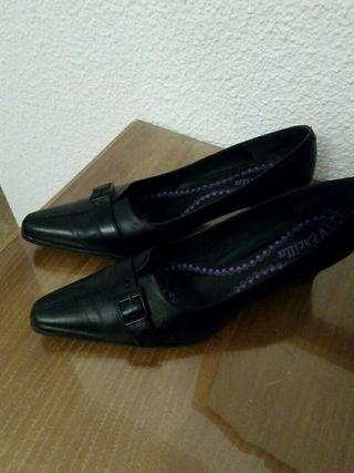 Zapatos negros fiesta 41