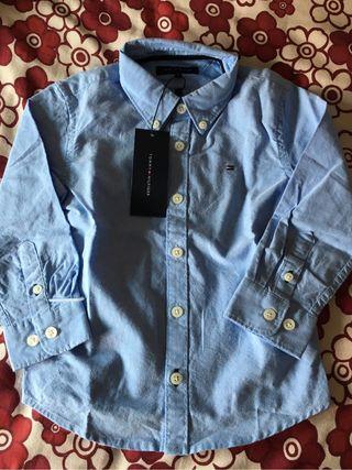 Camisa a estrenar Tomy Hilfiger talla 3 años