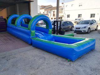 Castillo hinchable acuatico