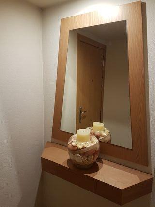Recibidor entrada: aparador + espejo