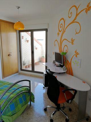 Dormitorio estudio moderno