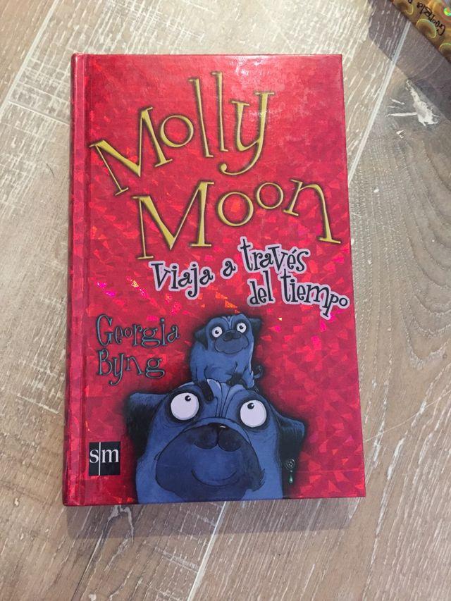 Trilogía Molly Moon