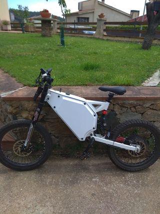 Bici-moto eléctrica 72v 5000W