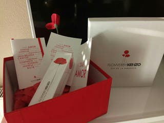Perfume Kenzo Flower con caja edición especial