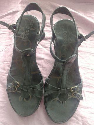 Sandalias de cuña talla 38 prácticamente nuevas
