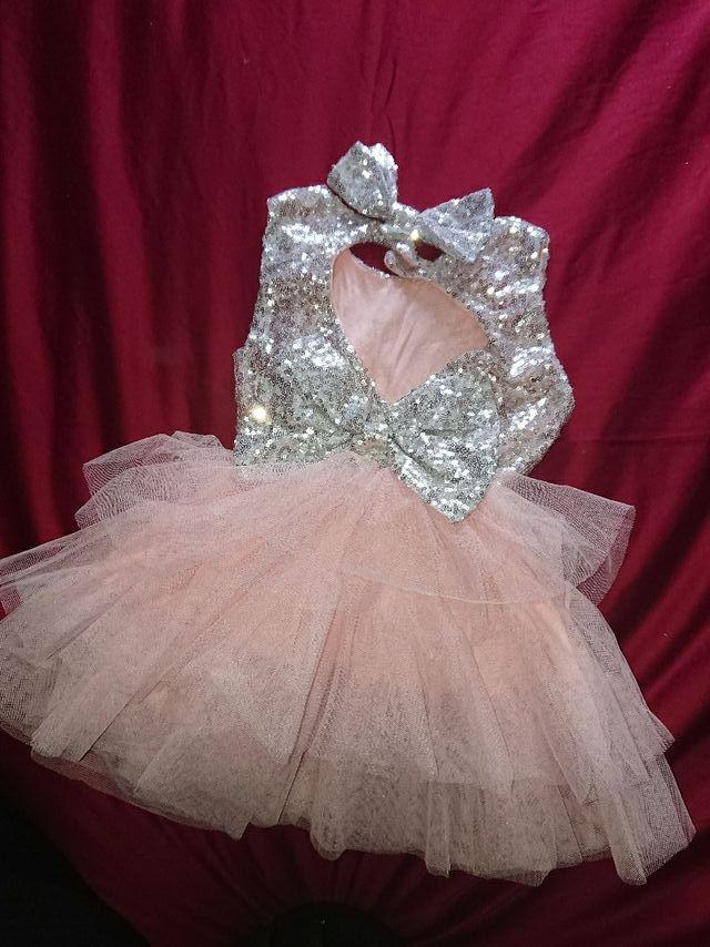 Vestido Niña Muy Bonito De Segunda Mano Por 10 En