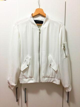 2 chaquetas de mujer por 8