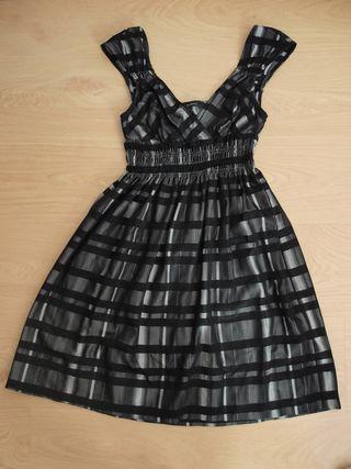 Vestido talla S. Zara