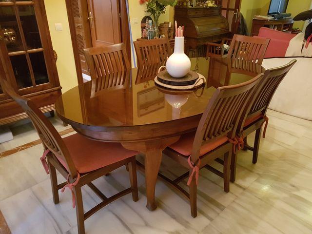 Mesa comedor Nogal + 6 sillas de segunda mano por 250 € en Gelves en ...