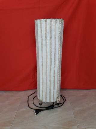 Lámpara de pié de tela
