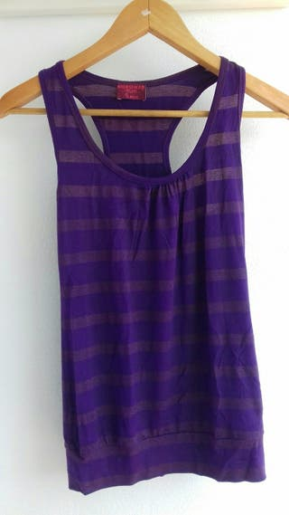 Camiseta bershka. talla s