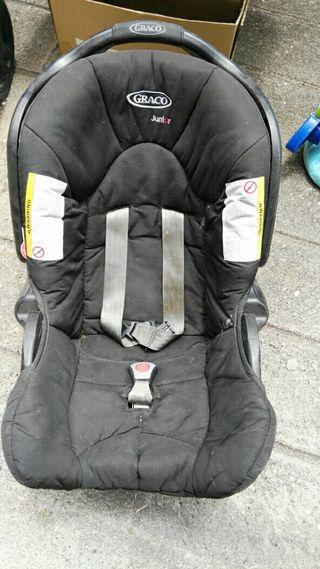sillita bebé para coche