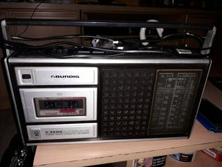 TRANSISTORES y RADIO CASETTE.