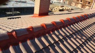 se reparan todo tipo de tejados y goteras