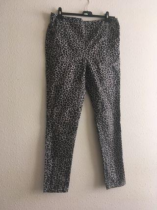 Pantalon leopardo
