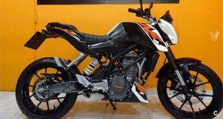 KTM Duke 125 - 3200km (con garantía y seguro)
