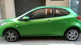 Mazda 2. 2011
